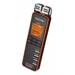 Tascam DR-08 - prenosný stereo rekordér na karty SD / SDHC