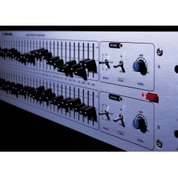 Klark Teknik DN360 - graphic EQ